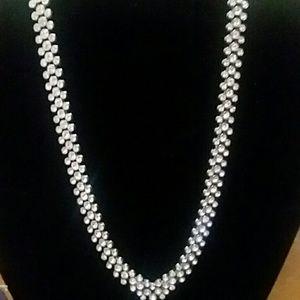 Jewelry - ❤FINAL DROP ❤Vintage necklace